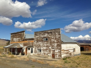 Old weathered building in Ironside, Oregon on Highway 26